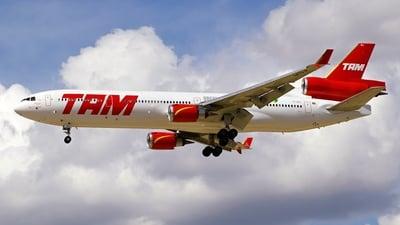PT-MSJ - McDonnell Douglas MD-11 - TAM Linhas Aéreas