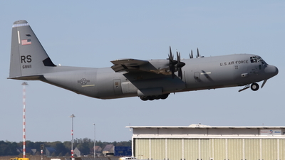 06-8611 - Lockheed Martin C-130J-30 Hercules - United States - US Air Force (USAF)