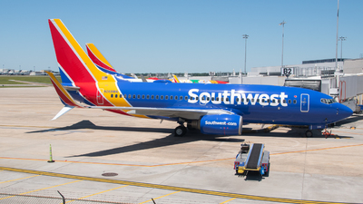 A picture of N268WN - Boeing 7377H4 - Southwest Airlines - © Devin | Charleston.Spotter