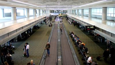 KDEN - Airport - Terminal