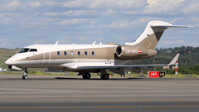 OE-HDC - Bombardier BD-100-1A10 Challenger 300 - Lauda Motion