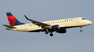 A picture of N607CZ - Embraer E175LR - Delta Air Lines - © Lucas Rebro - Parkview Spotter