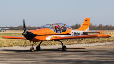 D-MYDK - Aerostyle Breezer B400 - Private
