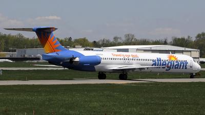 A picture of N891GA - McDonnell Douglas MD83 - [49423] - © Sergio Cardona