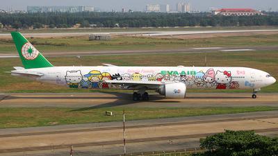 A picture of B16703 - Boeing 77735E(ER) - EVA Air - © nguyen tan khai