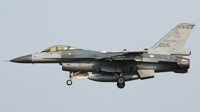 6615 - General Dynamics F-16A Fighting Falcon - Taiwan - Air Force