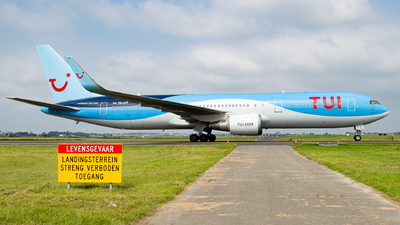 A picture of PHOYI - Boeing 767304(ER) - TUI fly - © Kyan Rossignol