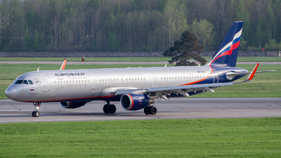 A picture of VPBJX - Airbus A321211 - Aeroflot - © Andrei Kurach