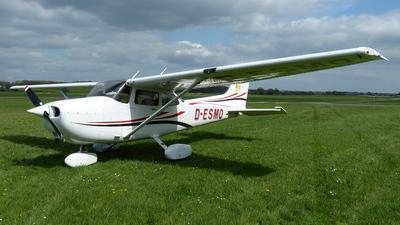 D-ESMO - Cessna 172R Skyhawk II - FFG - Flugförderungsgemeinschaft