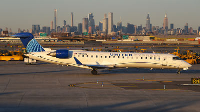 A picture of N554GJ - Mitsubishi CRJ550 - United Airlines - © Rocky Wang