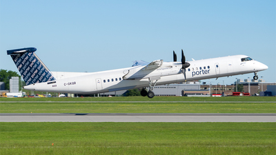A picture of CGKQB - De Havilland Canada Dash 8400 - Porter Airlines - © RZ