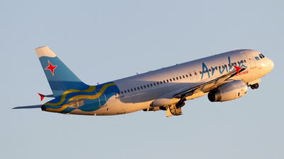 P4-AAF - Airbus A320-232 - Aruba Airlines