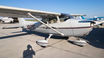 A picture of N21757 - Cessna 172M Skyhawk - [17264007] - © Reuben Morison