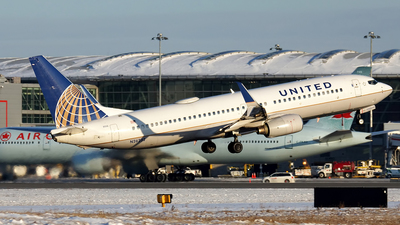 A picture of N26232 - Boeing 737824 - United Airlines - © Tianyi Liu