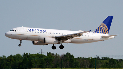 N486UA - Airbus A320-232 - United Airlines