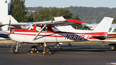 N3312J - Cessna 150G - Private