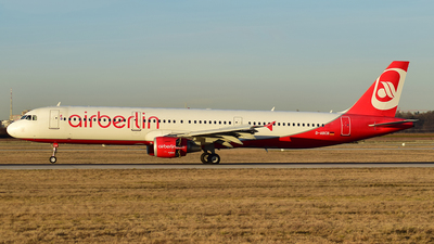 D-ABCB - Airbus A321-211 - Air Berlin