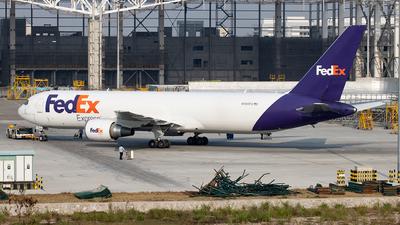 A picture of N106FE - Boeing 7673S2F(ER) - FedEx - © Zongzha_Kaiguan