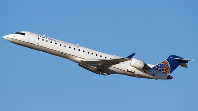 N753SK - Bombardier CRJ-701 - United Express (SkyWest Airlines)