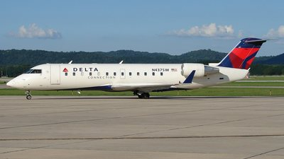 N437SW - Bombardier CRJ-200ER - Delta Connection (SkyWest Airlines)