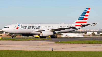 N284AY - Airbus A330-243 - American Airlines