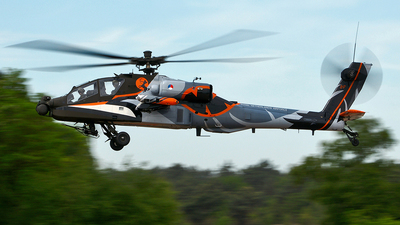 Q-17 - Boeing AH-64D Apache - Netherlands - Royal Air Force
