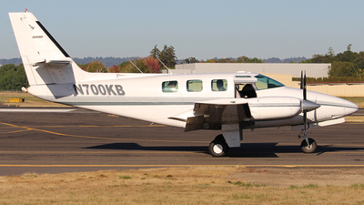 N700KB - Cessna T303 Crusader - Private