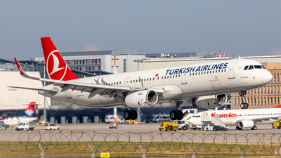 A picture of TCJSE - Airbus A321231 - Turkish Airlines - © Steffen Müller