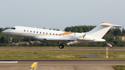 N826ZF - Bombardier BD-700-1A10 Global 6000 - Private
