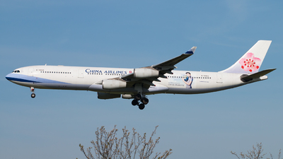 B-18806 - Airbus A340-313X - China Airlines