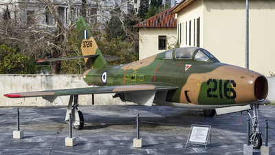 37216 - Republic F-84F Thunderstreak - Greece - Air Force