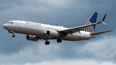 N77538 - Boeing 737-824 - United Airlines