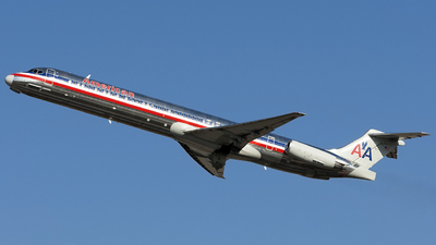 N979TW - McDonnell Douglas MD-83 - American Airlines