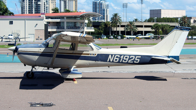 N61925 - Cessna 172M Skyhawk - Private
