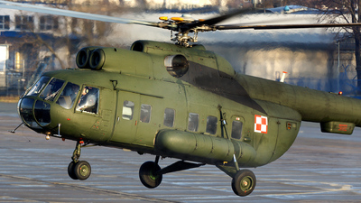 633 - Mil Mi-8P Hip - Poland - Air Force