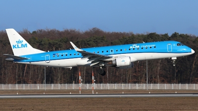 PH-EZG - Embraer 190-100STD - KLM Cityhopper