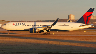 A picture of N1200K - Boeing 767332(ER) - Delta Air Lines - © marfi80