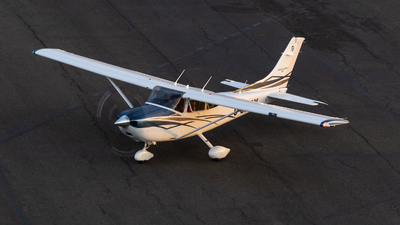 C-GHRY - Cessna 182T Skylane - Private