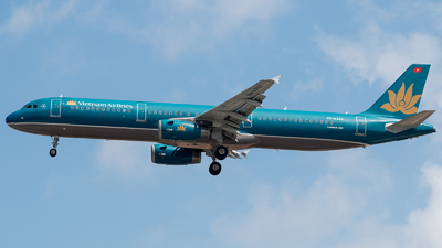 VN-A322 - Airbus A321-231 - Vietnam Airlines