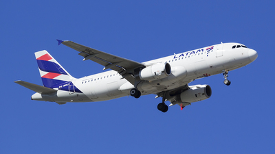 PR-MBO - Airbus A320-232 - LATAM Airlines
