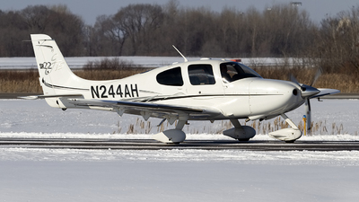 A picture of N244AH - Cirrus SR22 - [1915] - © Jeremy D. Dando