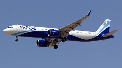 VT-IUT - Airbus A321-271NX - IndiGo Airlines