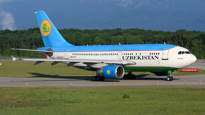 UK-31003 - Airbus A310-324 - Uzbekistan Airways