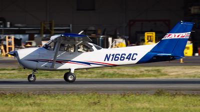 N1664C - Cessna 172S Skyhawk SP - ATP Flight School