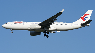 A picture of B6099 - Airbus A330243 - China Eastern Airlines - © Li Youyang