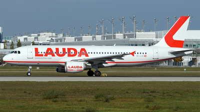 OE-LOR - Airbus A320-232 - LaudaMotion