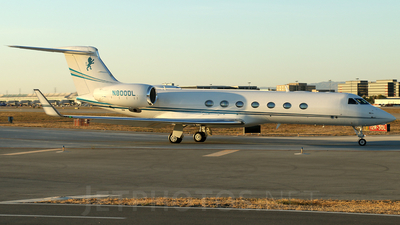 N800DL - Gulfstream G550 - Private
