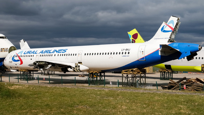 LY-BHJ - Airbus A321-211 - Ural Airlines