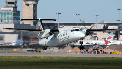 C-GJIG - Bombardier Dash 8-102 - Air Canada Express (Jazz Aviation)
