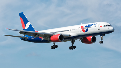 VP-BLV - Boeing 757-28A - Azur Air